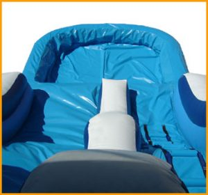 16' Front Load Wavy Water Slide