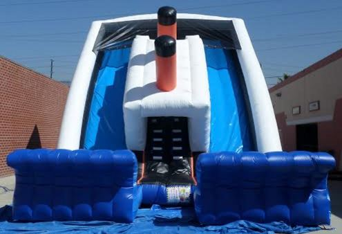Giant Inflatable Sinking Ship Slide