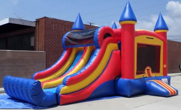 Inflatable Double Lane Wet Dry Castle Combo
