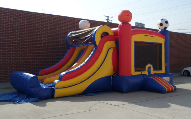 Inflatable Double Lane Wet Dry Sports Combo C124
